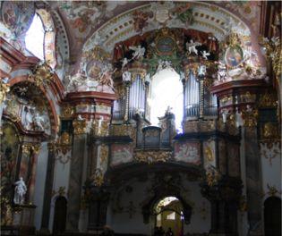 Een prachtig sistercienser abdijkerk met vrolijk rococo for Interieur bauwens